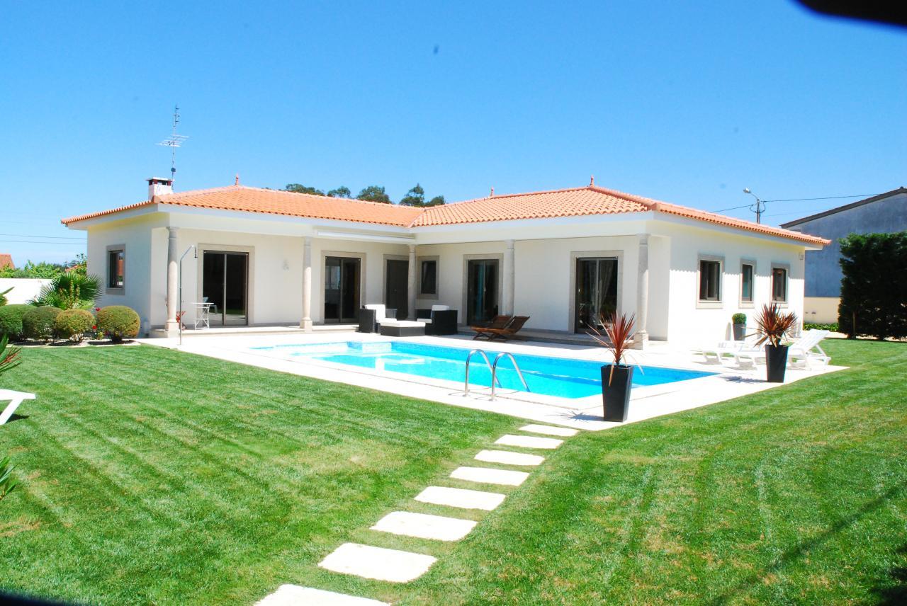 Location villa avec piscine a apulia for Location villa avec piscine au portugal